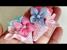 Diy Bow, Diy Hair Bows, Bow Tutorial, Boutique Hair Bows, Handmade Flowers, Fabric Flowers, Girl Hairstyles, The Creator, Accessories