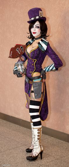 Mad Moxxi by DariaRooz on DeviantArt Video Game Cosplay, Cosplay Diy, Cosplay Outfits, Halloween Cosplay, Best Cosplay, Cosplay Girls, Cosplay Costumes, Halloween Costumes, Anime Cosplay