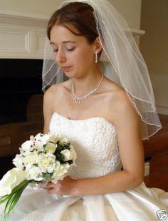 20-25-VEIL-with-SWAROVSKI-AB-CRYSTALS-UK-WEDDING-IVORY-BRIDAL-PEARL-EARRINGS