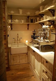 Interesting wet bar area