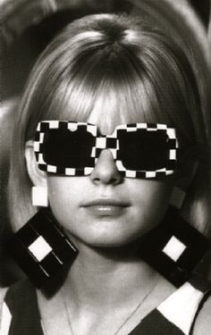 60s style accessories...fab, and I had the sunglasses! I wonder where they went to, I could wear them today,