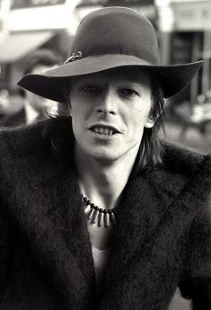 David Bowie wearing my hat ;-p