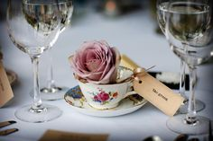 Romantic Vintage Placecard - Image by Blink Photography