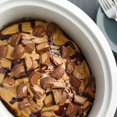 Slow-Cooker Peanut Butter Cup Swirl Cake #easy #dessert