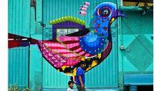 Pintadas contra la violencia en México: el desafío del arte urbano ante la criminalidad en Ecatepec  El mural del artista mexicano Senkoe, pintado en un portón.