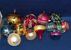 LOT OF 12 VINTAGE MERCURY GLASS CHRISTMAS ORNAMENTS POLAND ,USA  MUST SEE