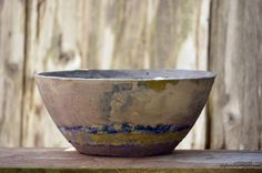 Large DIY cement bowl tinted with latex paint. Large DIY cement bowl tinted with latex paint. Concrete Casting, Concrete Cement, Concrete Crafts, Concrete Projects, Diy Projects, Concrete Planters, Diy Planters, Concrete Garden Ornaments, Gifts For My Sister