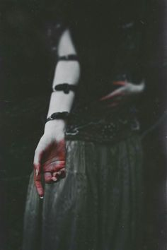 Model: Costume Designer: Agnieszka Osipa Autumn dies… Her body and spirit wither like fallen leaves. Her trembling hands keep the vial filled with blood drops of birds leaving these lands. Writing Inspiration, Character Inspiration, Jeter Un Sort, Imagenes Dark, Death Aesthetic, Blood Drop, Dark Photography, Psycho Photography, A Perfect Circle