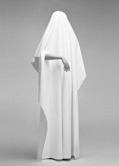 LIMEROOM veils | De Gris #minimal #white