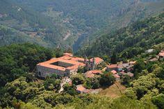 Mosteiro de Santo Estevo de Ribas de Sil. Photo: © Familia Coello.