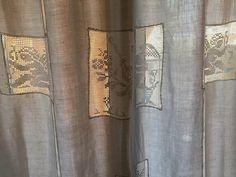 Da un telo di lino a una tenda con inserti all'uncinetto - Il blog italiano sullo Shabby Chic e non solo Shabby Chic, Curtains, Google, Blog, Home Decor, Tela, Blinds, Decoration Home, Room Decor