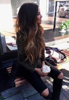 New hair goals brunette 51 Ideas Brunette Color, Hair Styles For Brunettes, Highlighted Hair For Brunettes, Highlights For Brunettes, Ombre Hair Brunette, Ombre Hair Color For Brunettes, Balayage Hair Brunette Long, Long Ombre Hair, Brunette Highlights
