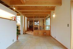 土間アトリエのある家 : 住むほどに暮らすほどに楽しい家づくり/木の家工務店住暮楽