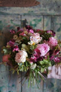 Raindrops and Roses Beautiful Flower Arrangements, Fresh Flowers, Floral Arrangements, Beautiful Flowers, Simply Beautiful, Wedding Bouquets, Wedding Flowers, Bouquet Flowers, Wedding Colors
