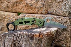 """Delica Signet Rings are back in stock! Also this weekend we will be running a sale on ALL our Knife Scales. Use the code """"scales10"""" to get $10 OFF any of our scales in stock. Don't forget we also have FREE SHIPPING in the continental US. Link in profile.  #WiseMen #knives #edc #everydaycarry #blades #pocketknife #knifesales #spyderco #delica #signetring"""
