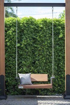Awesome Garden Swing Seats Ideas for Backyard Relaxing ~ Backyard Swings, Backyard Patio, Backyard Landscaping, Backyard Garden Design, Patio Design, Balcony Garden, Garden Beds, Back Gardens, Outdoor Gardens