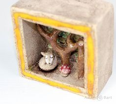 Ceramic Diorama wsith a story about Fox / Tiny Fox / Small