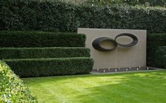 Water feature in a Luciano Giubbilei garden. Via Iremozn Landscape Architecture Sourcebook.