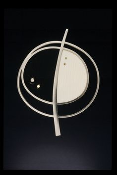 Kristin Mitsu Shiga - Modernismus Brooch (Sterling, ebony, ivory, 18K gold, diamond)