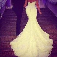 Gorgeous train wedding dress mermaid style