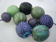 Moogin Beads- Detailed large rounds lampwork / glass bead set   - SRA
