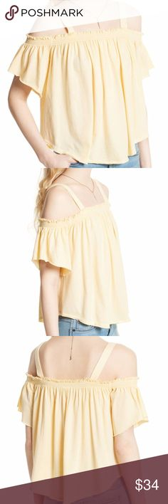"Free People Darling Off-the-Shoulder Top Size S Free People Yellow Darling Off-the-Shoulder Top Size S  Pale yellow top from Free People (We the Free). Square neck, shoulder straps, ruffled short sleeves and curved hem. About 24"" from shoulder to hem. New with tags, never worn. Size S. Free People Tops"