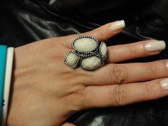 White/Silver Ring $5 Qty 1