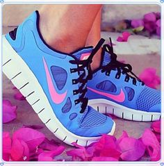 Nike sneakers,running shoes. Cute