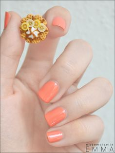 Since I have been letting my nails grow it would look good on mine! Melon nail polish...................looks awesome!
