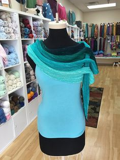 Make a Statement With This Versatile Fashion Scarf – Get The Knit Pattern FREE!