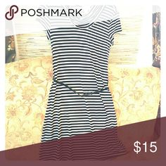 Striped dress in new condition Beautiful spandex/polyester striped short sleeved turtleneck dress. Ann Taylor loft  Dresses Midi