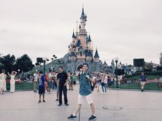 GilenChi - Travel together ✈️ Gil Le,Disneyland