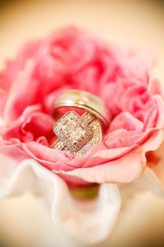 Gorgeous emerald-cut ring  @debra@dustjacket attic: weddings