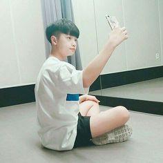 Urban Dance, Yohan Kim, Im Proud Of You, Dsp Media, Boyfriend Photos, Produce 101, Asian Boys, Kpop Boy, Boyfriend Material