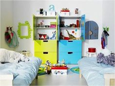 A single bedroom for your little boy and girl can be divided into two halves, each catering to their own styles.  Awesome isn't it?