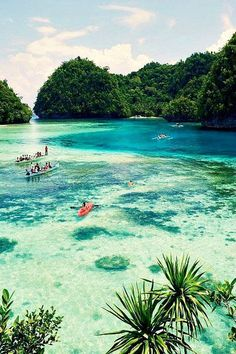Siargao Island, Philippines | Paradise! Had an underwater dream after i watched a travel documentary about this place. Premonition?!! :D