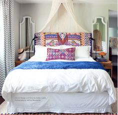 This would be perfect with a bright African wax print style fabric.... although I could never do the white bedding with a big, black dog