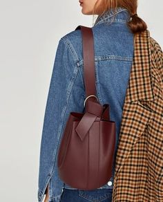 Fashion Bags, Fashion Backpack, Fashion Models, Women's Fashion, Backpack Bags, Leather Backpack, Leather Bags, Zara, Leather Projects