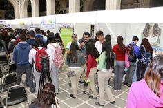 Más de 2 mil jóvenes chihuahuenses de 10 municipios participan en la primera feria de becas y universidades 2017 del país | El Puntero