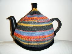 Knitting pattern for a tea cosy