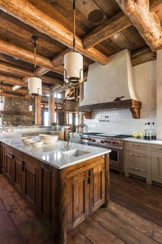 Now move to another heart-wining rustic idea that will add an unpredictable shine to your kitchen area. This fabulous designing is definitely designed by a brilliant designer. The lovely styling of th Log Home Kitchens, Home Decor Kitchen, New Kitchen, Kitchen Ideas, Wooden Kitchen, Kitchen Island, Rustic Cabin Kitchens, Kitchen Dining, Decorating Kitchen