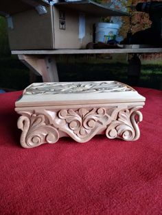 Bed Furniture, Furniture Design, Wood Carving Patterns, Stool, Projects To Try, Decorative Boxes, Cool Stuff, Handmade, Home Decor