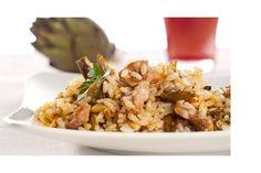 La ricetta per assaporare il risotto ai carciofi e bocconcini di manzo: una prelibatezza che sorprenderà i vostri invitati.