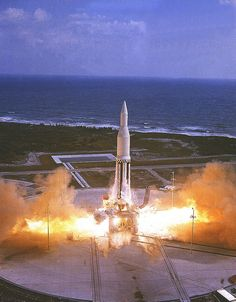 October The first Saturn I vehicle, lifts off from Cape Canaveral, Florida. The Saturn I Block I was 162 feet tall, weighed 460 tons, and was powered by eight engines in the S-I stage with a dummy second stage (S-IV). Photo credit: N Cosmos, Space Launch System, Apollo Space Program, Moon Missions, Nasa History, Space Rocket, Florida, Space Images, Space And Astronomy