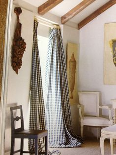 checked drapes | Lars Bolander
