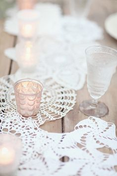 lace runner and votives | Simply Bloom #wedding