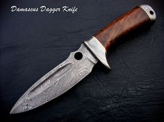 Dash- another example of a Damascus Hunting Knife Types Of Knives, Knives And Tools, Knives And Swords, Forged Knife, Damascus Knife, Damascus Steel, Edc, Best Hunting Knives, Dagger Knife