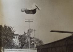 Believe it or not, this somersaulting Edwardian is 60 years old. His name is Horace Fletcher and he attributed his unusual agility to a dietary system that he devised and which he called, rather unimaginatively, Fletcherism.