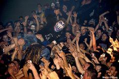 #ViolentJ crowd surfs