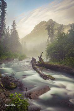 ✯ Twin Peaks as seen from the Mountain Loop Highway